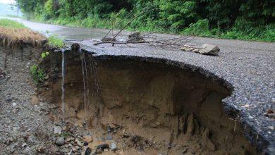 Photo of Están destrozadas las carreteras a Puerto Escondido