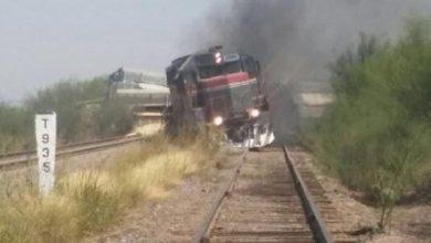 Photo of Descarrila tren y produce dos explosiones; pobladores saquean su carga