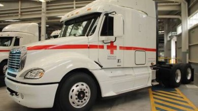 Photo of Daimler pone a disposición vehículos para la Cruz Roja