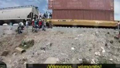 Photo of VIDEO Así es como entre cien personas saquean trenes
