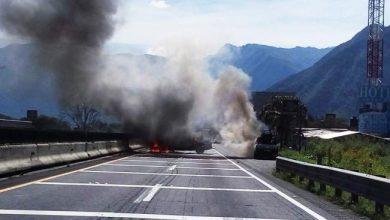 Photo of Presuntos asaltantes de trenes bloquearon autopista Veracruz-México