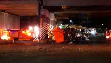 Photo of Chofer de auto fallece aplastado por una pipa