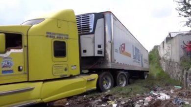 Photo of Investigan tráiler abandonado en Jalisco con 157 cuerpos