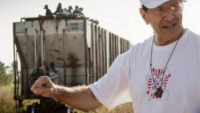 """Photo of Lo perdimos Houston! Solalinde quiere transportar migrantes en """"puente aereo"""" hasta Canadá"""