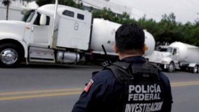 Photo of Detienen a 5 huachicoleros que querían vender 2 pipas a gasolinera en Hidalgo