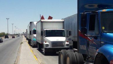 Photo of Transportistas esperan casi 3 veces más en aduana por reducción de personal en EUA