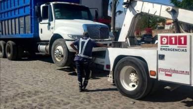 Photo of Detienen camión por repartir cervezas de manera clandestina