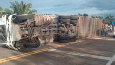 Photo of Se acuesta camión, en la rapiña hieren a elemento de Guardia Nacional