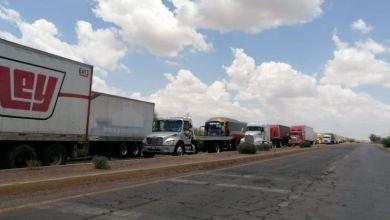 Photo of Yaquis retoman bloqueo carretero para presionar a AMLO