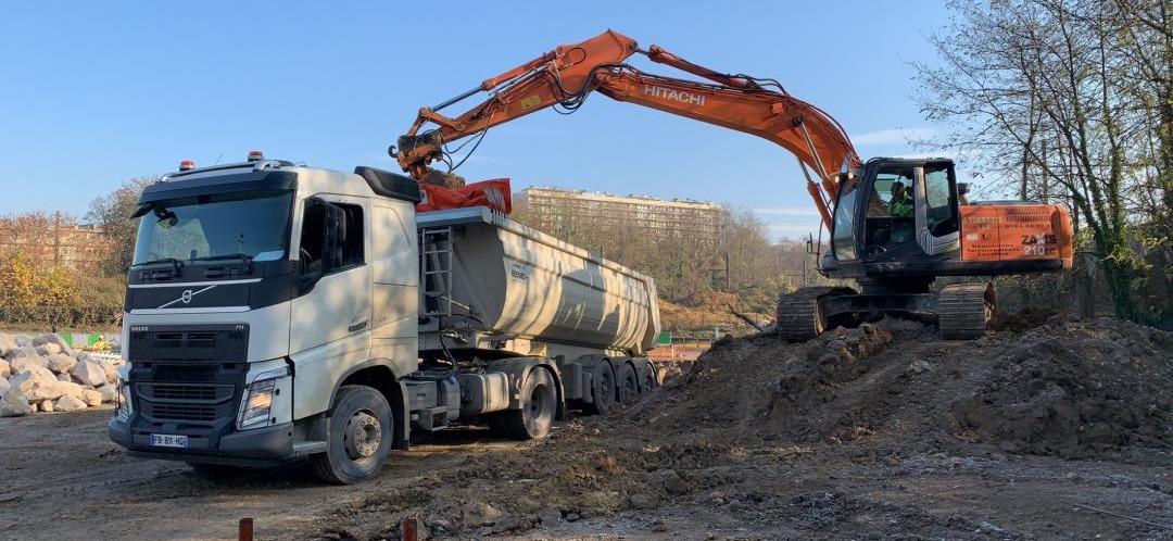 Évacuation et traitement des déchets de chantier: quelles sont les responsabilités des professionnels du BTP?