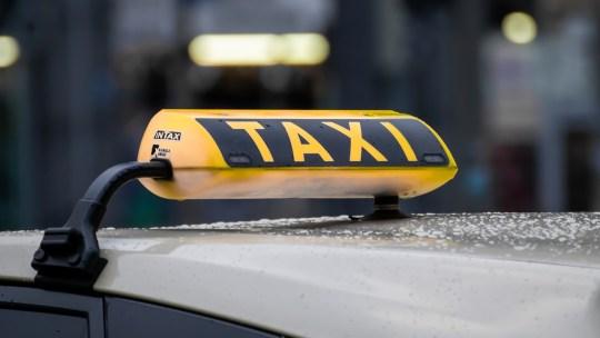 4 raisons de prévoir un taxi après une soirée arrosée