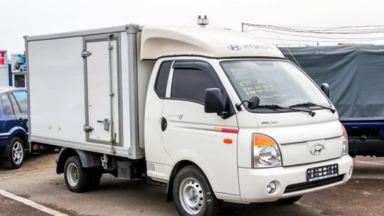 Louer un camion utilitaire pour déménager, une alternative moins chère