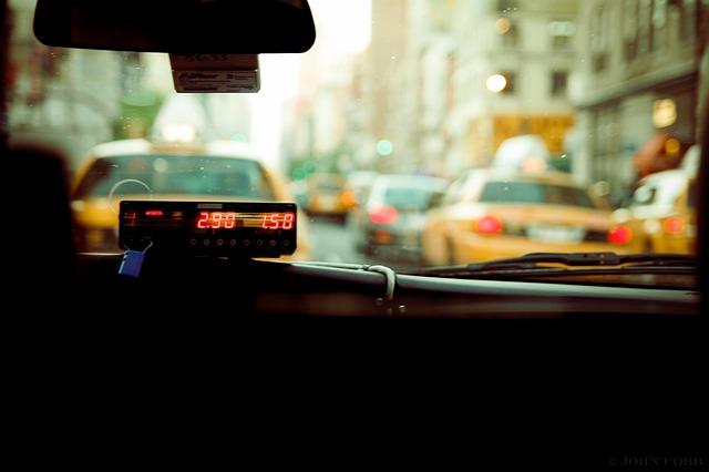 Taxi transport: comment mettre en place votre tarif pour vos clients?