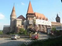 castelul-huniazilor1