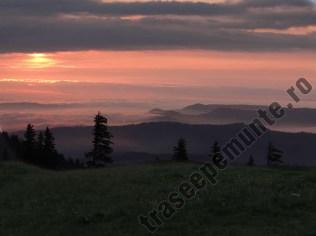 muntii-piatra-mare-rasarit