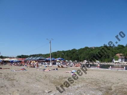 Baile Sarate Turda_strandul Lacul Roman