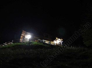 cabana-curmatura_noaptea_1