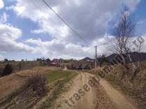 Muchia lui Garnita - Trasee turistice pe munte