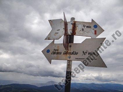 Creasta Giumalaului-marcaj pe munte