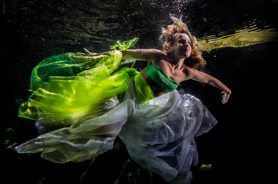 Underwater Model - Francesca