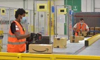 """Il deposito Amazon di Magione apre le porte: """"Creerà oltre 100 posti di lavoro"""""""