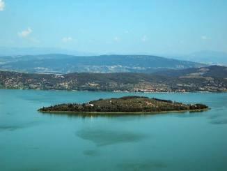 Lega Nord Umbria, fare chiarezza sulla presenza di presunti profughi all'Isola Polvese