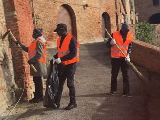 Emergenza sbarchi Città della Pieve, 15 ragazzi a lavoro
