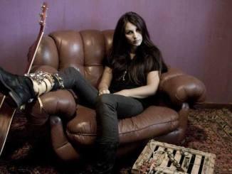 Darsena Live Music, riparte sabato 1 aprile con Elli de Mon la stagione musicale primavera/estate