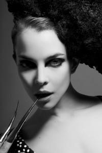 Maria D´almazzo, modelo y actriz, serie de retratos de moda. Imagen publicada en la revista PHOTO, en años anteriores.