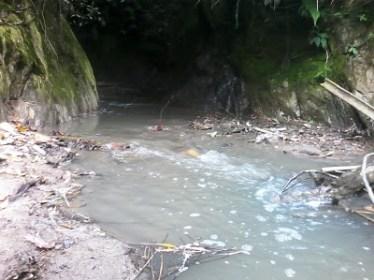 Laguna afectada por la minería