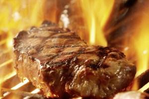 Bild: Steak im Feuer