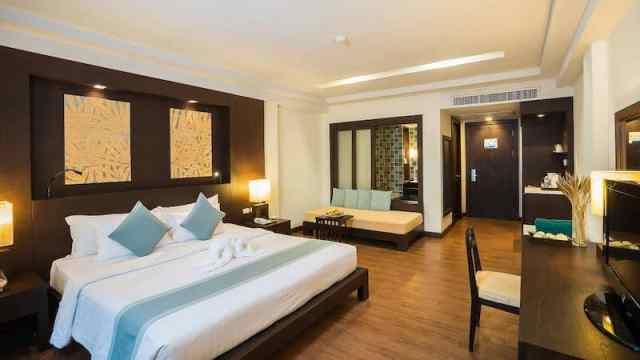 Deluxe Room - KC Grande Resort and Spa