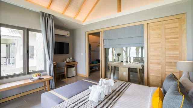 Beachfront Deluxe Villa - KC Grande Resort and Spa