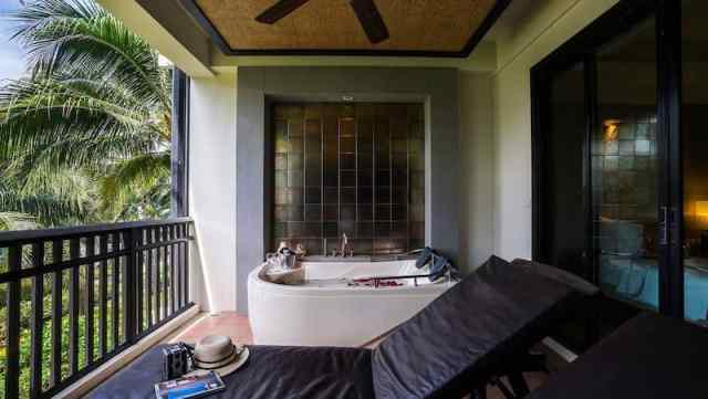 Seaview Grande Deluxe - KC Grande Resort and Spa