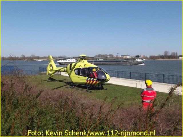 Lifeliner2 inzet Ridderkerk Foto: Kevin Schenk (5)