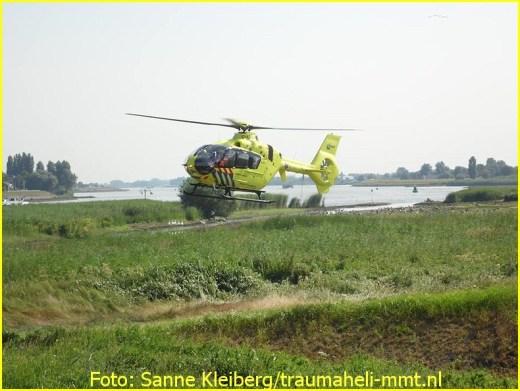 Lifeliner2 inzet Nieuw-Lekkerland Foto: Sanne Kleiberg