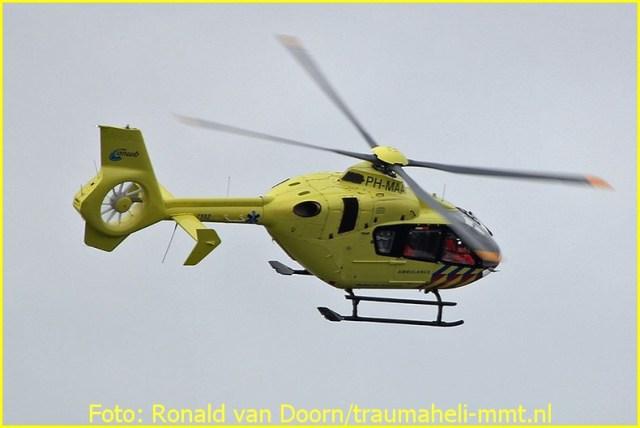 Lifeliner2 inzet Aalsmeer Foto: Ronald van Doorn