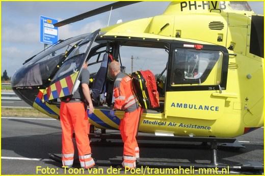 Lifeliner1 inzet Alphen aan den Rijn Foto: Toon van der Poel (4)