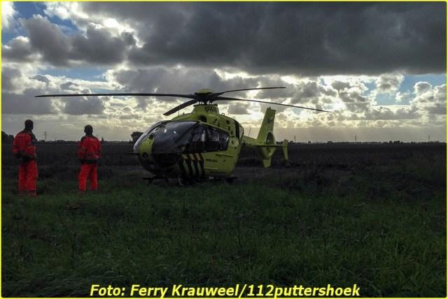 Lifeliner2 inzet 's-Gravendeel Foto: Ferry Krauweel