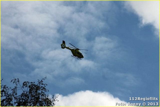 021_Bromfietsbestuurder ernstig gewond Buinerweg 18-10-13-BorderMaker