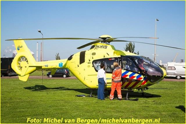 Lifeliner1 inzet Ijmuiden Foto: Michel van Bergen (25)