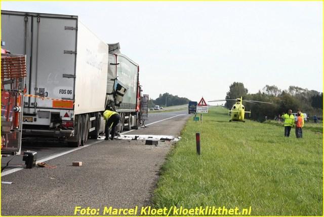 ongeval a58 136,0 kruiningen 22-10-2013 030-BorderMaker