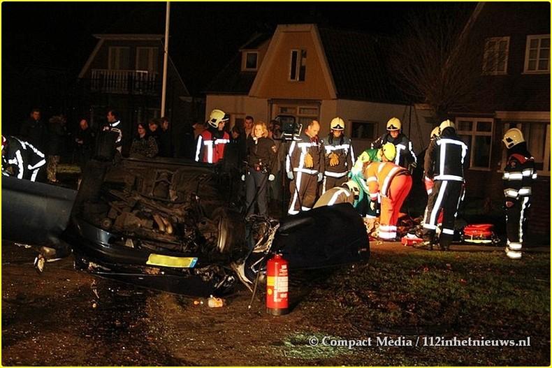 112 Zwaar verkeersongeval Hoofdstraat Oost Noordwolde 4-BorderMaker