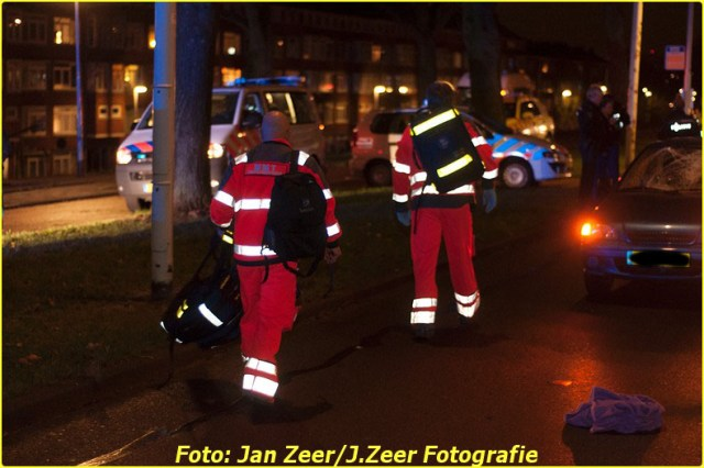 2013-12-07 Aanrijding met letsel Schiedamsedijk, Rotterdam 015-BorderMaker