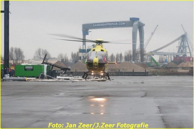 2013-12-17 Bedrijfsongeval HSM steel structures, Schiedam 069-BorderMaker