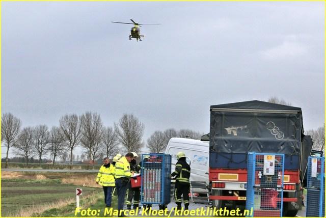 ongeval s'-heerenhoeksedijk overzande 13-2-2013 040-BorderMaker