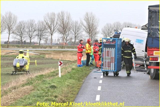 ongeval s'-heerenhoeksedijk overzande 13-2-2013 090-BorderMaker