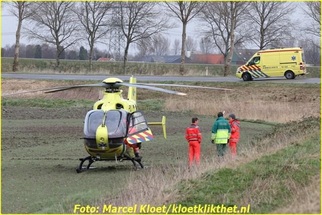 ongeval s'-heerenhoeksedijk overzande 13-2-2013 156-BorderMaker