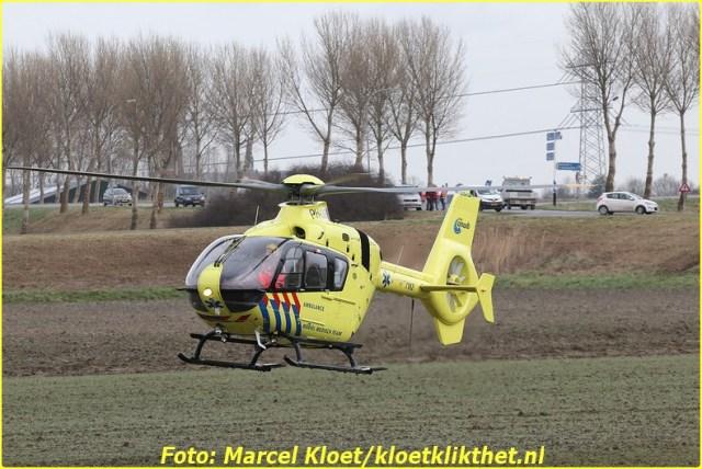 ongeval s'-heerenhoeksedijk overzande 13-2-2013 176-BorderMaker