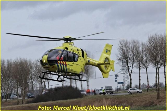 ongeval s'-heerenhoeksedijk overzande 13-2-2013 178-BorderMaker